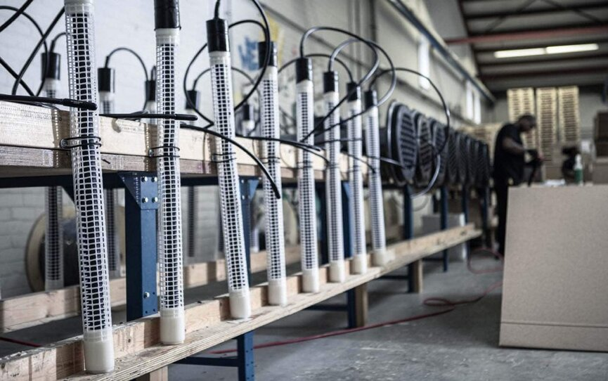 corrosion_offshore_wind_intern_anode_manufacturing_1400px-1024x682